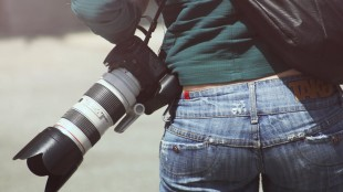 person-woman-camera-photographer