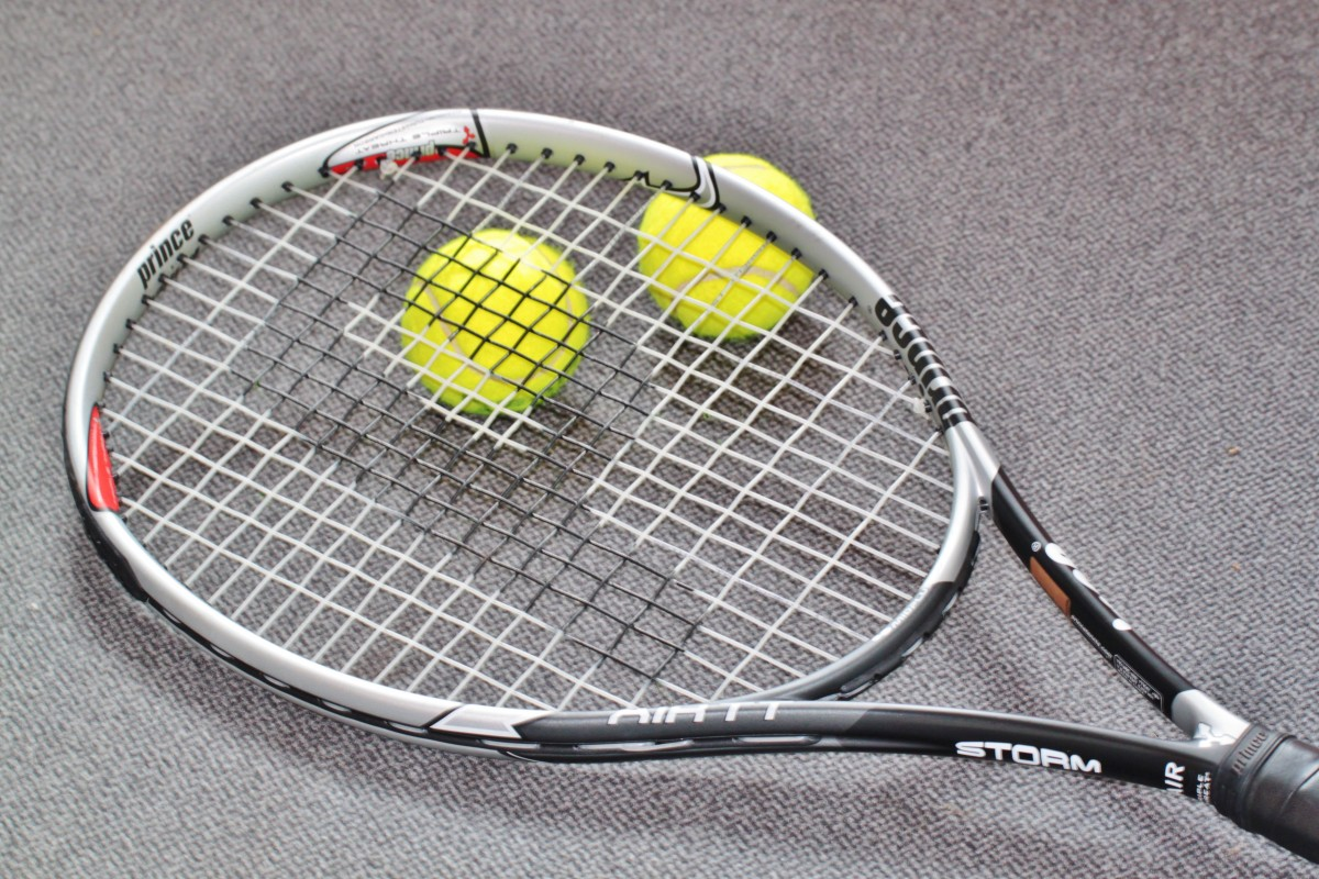 tennis_tennis_racket_tennis_sports_leisure_play_tennis_sports_ball_tennis_ball-1333957